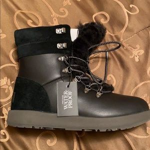 Black Ugg waterproof boots